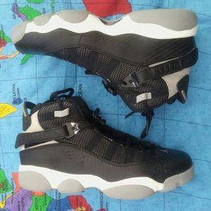 Air Jordan shoes basketball size  7. Youth 6